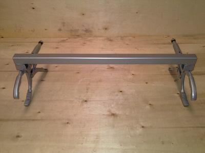485 1 - Abrazadera de tubo doble